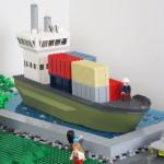 Luft och luftförorenande lastfartyg av LEGO
