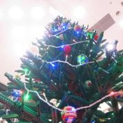 Skärholmen Centrum valde Jättelik LEGO julgran som Julskyltning