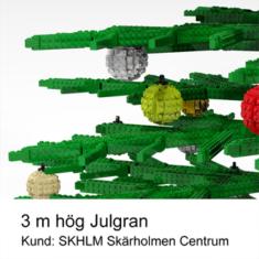Skärholmens Centrum - Julskyltning med julgran av LEGO