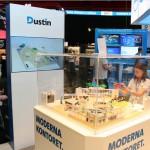 Legomodellen av Dustins kontorslandskap pressenterades i en glasmonter på mässan