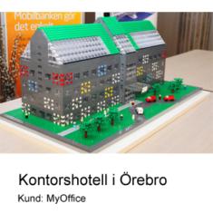 Modellen av MyOffice kontorsbyggnad i LEGO