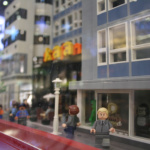 skrapan i gatvy av LEGO på söder i stockholm