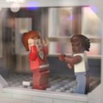 Skrapan i LEGO statuerar konversationer